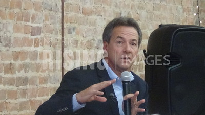 Steve Bullock attends meet and greet in Decorah, IA