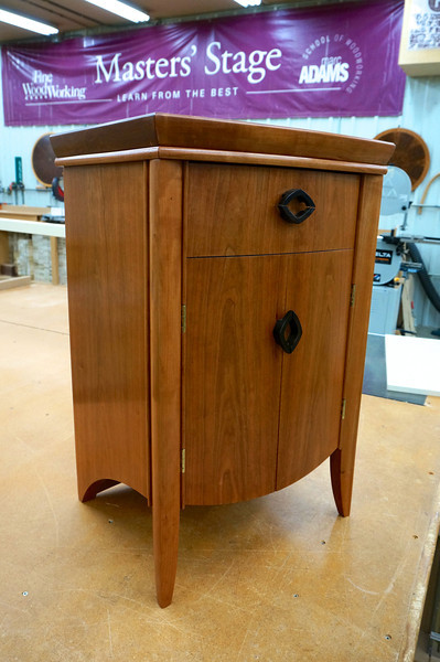 Bow Front Chest w Fortune 2