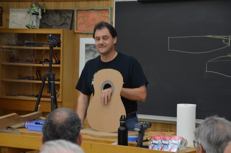 Classical Guitar w Ressler 11