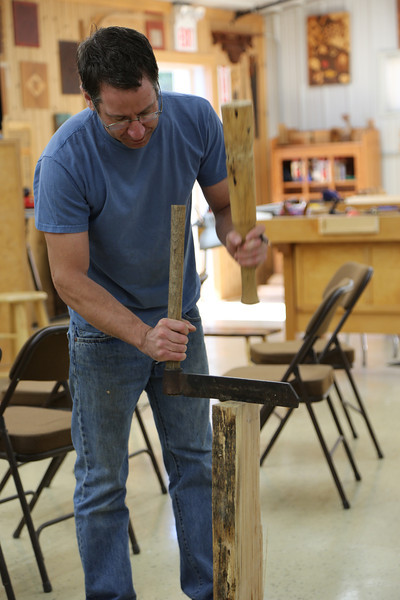 Windsor Chairmaking with Galbert 19