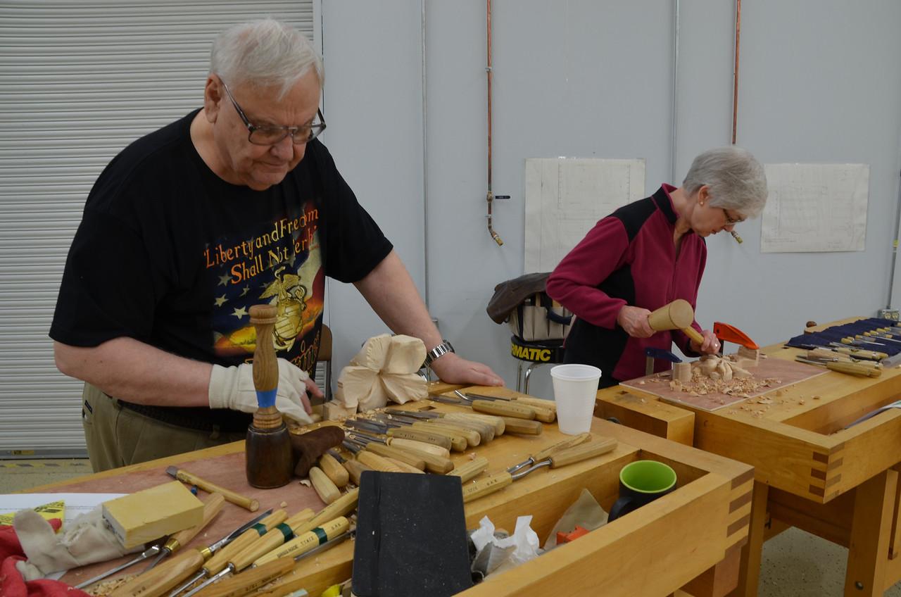Carving w Esterley 75
