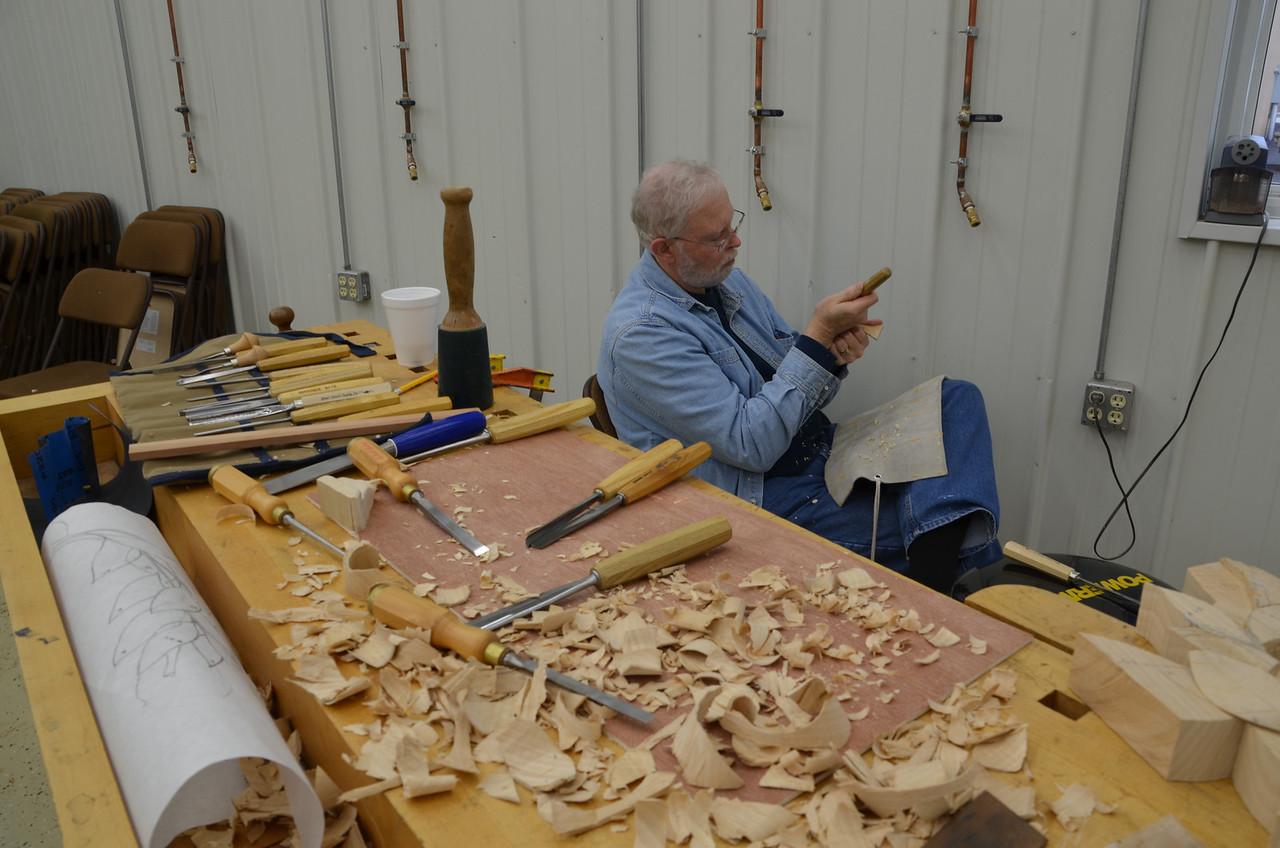 Carving w Esterley 90