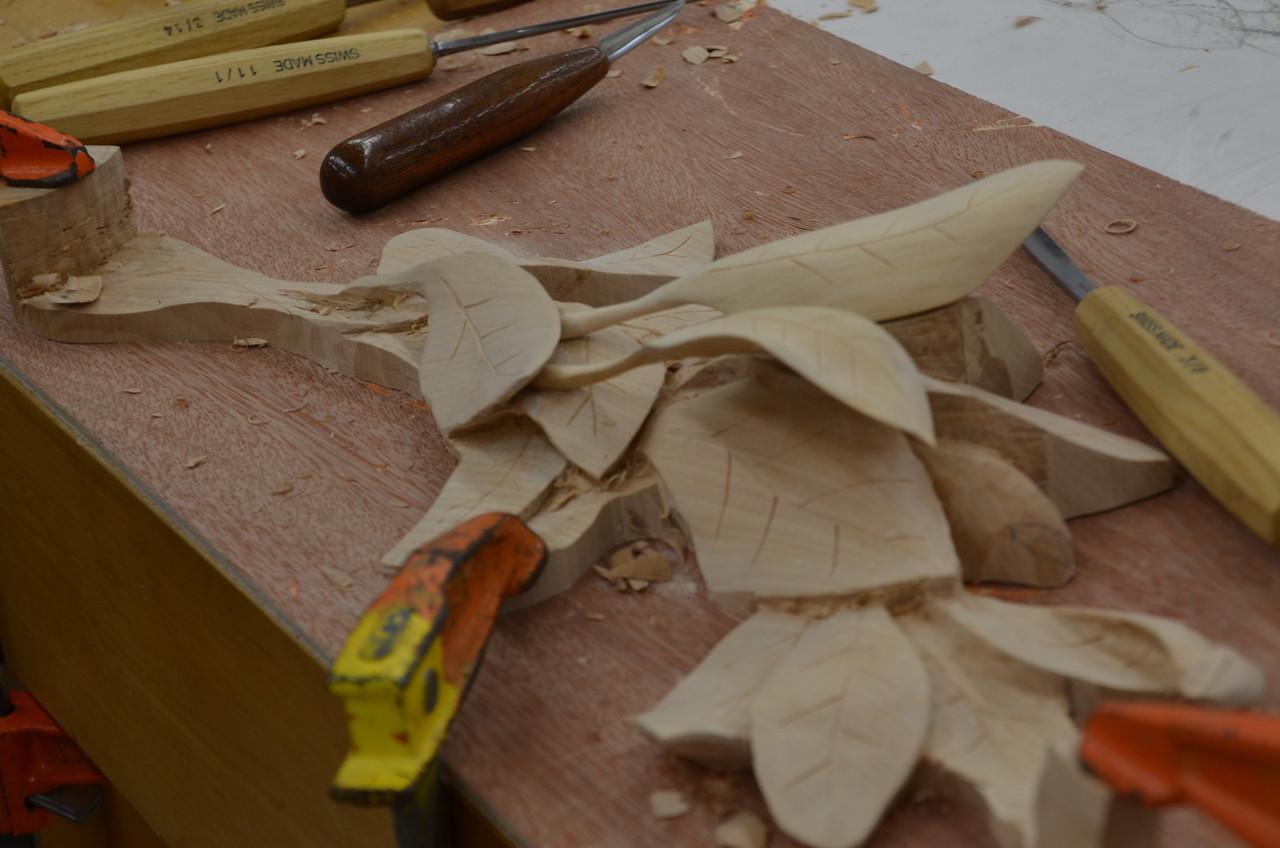 Carving w Esterley 80