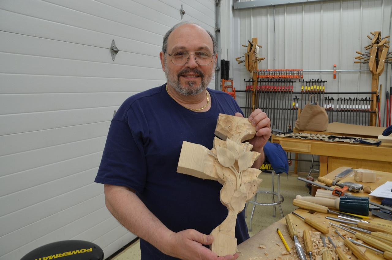 Carving w Esterley 85