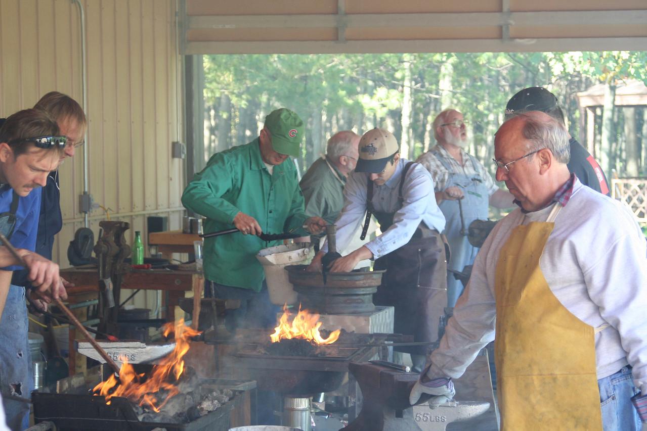 Blacksmithing w Burt 84