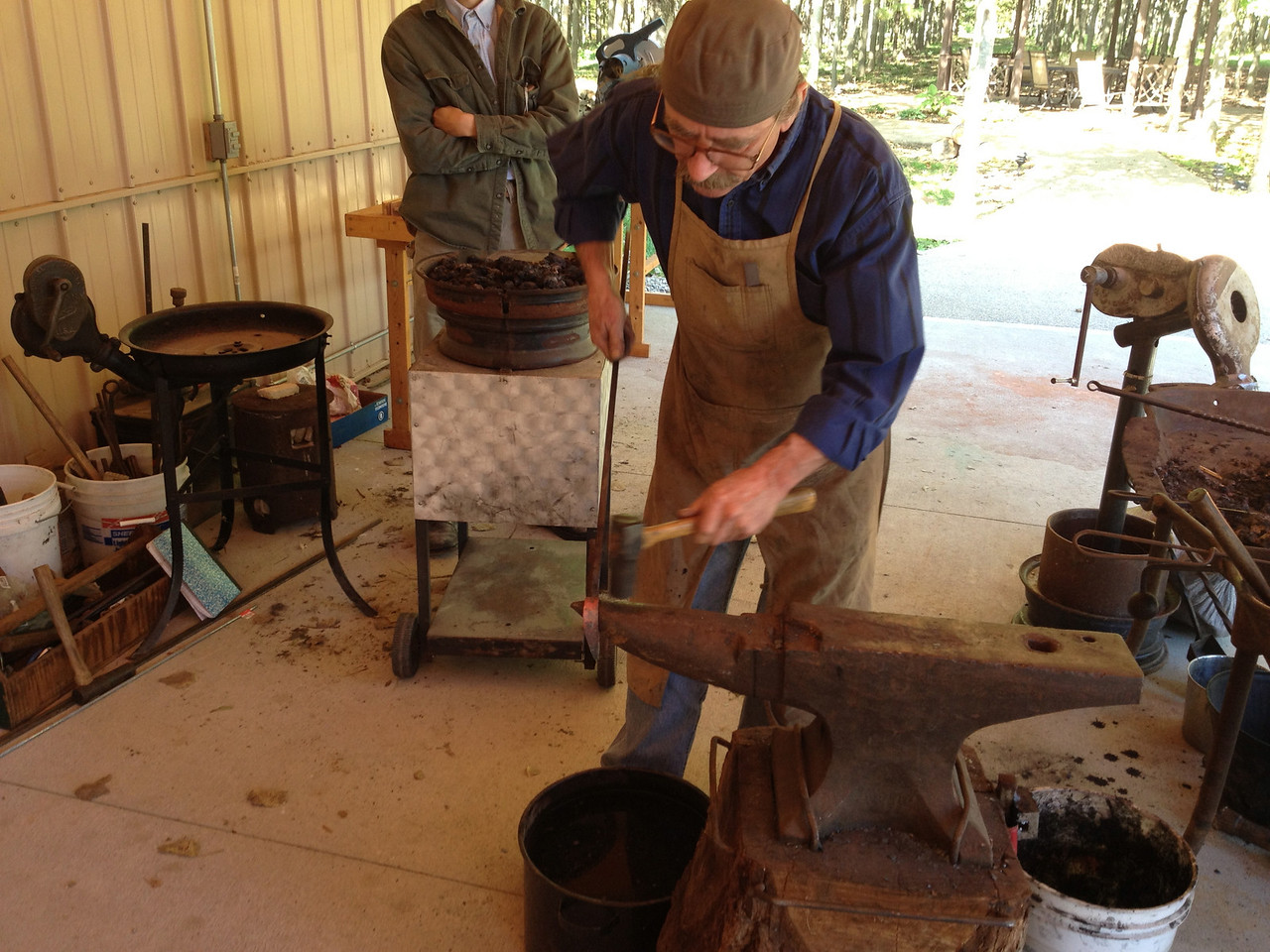 Blacksmithing w Burt 30