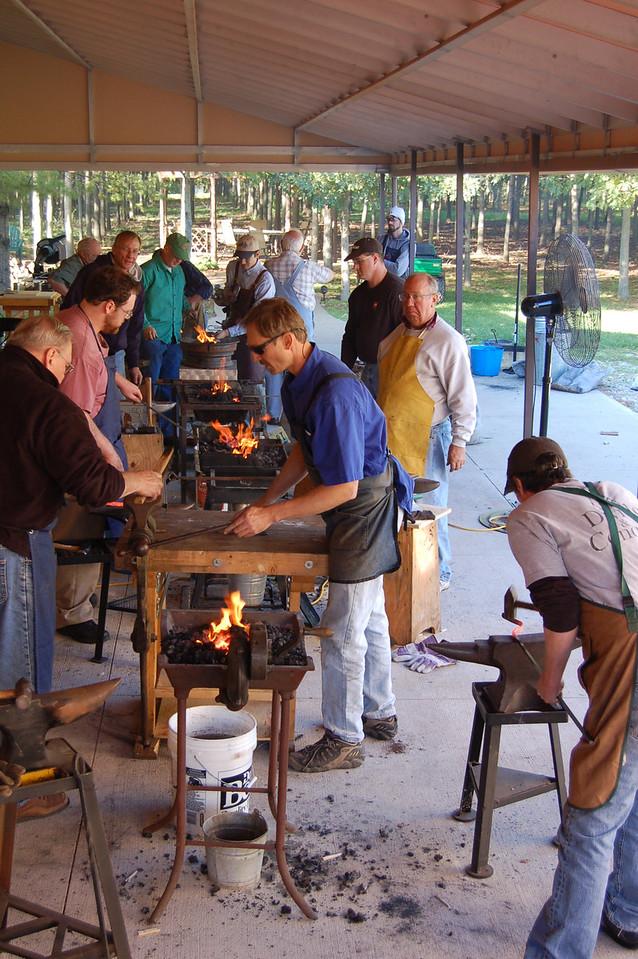 Blacksmithing w Burt 73