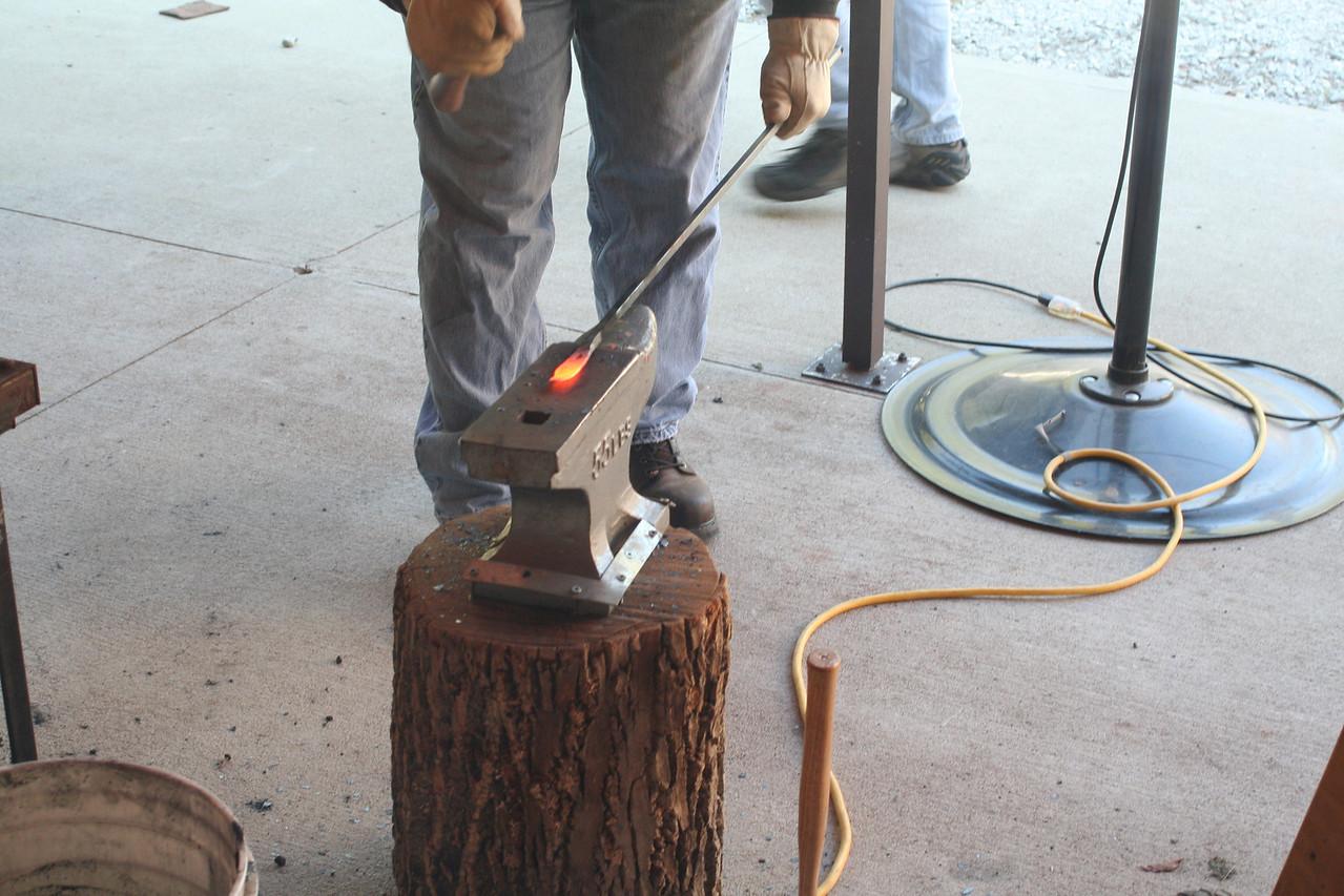 Blacksmithing w Burt 88