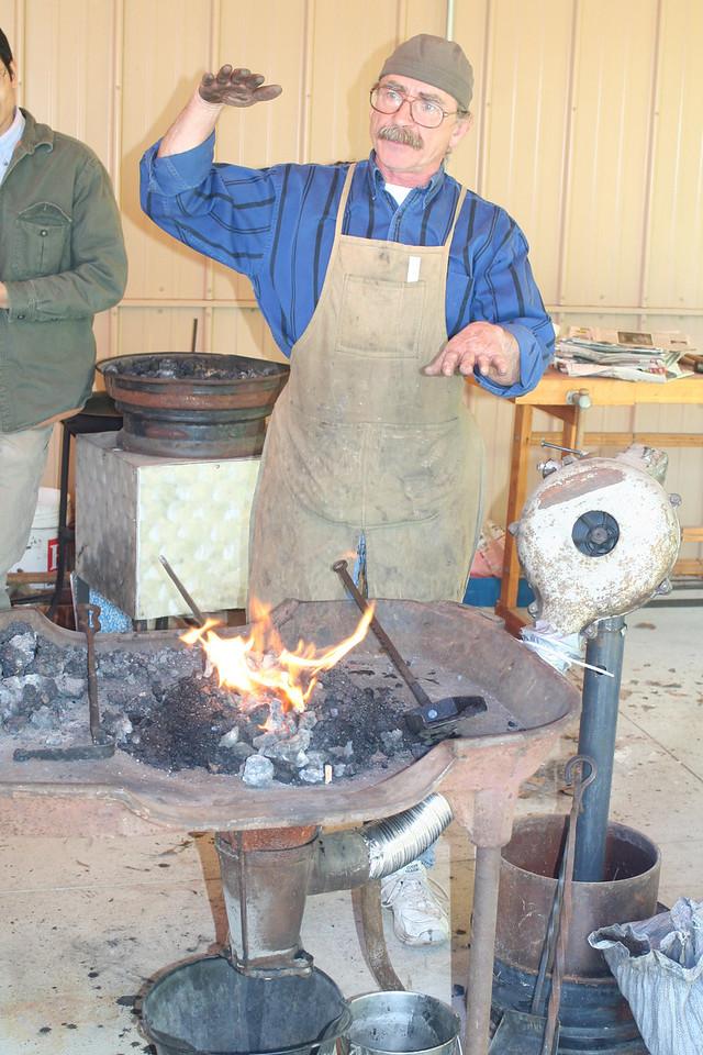 Blacksmithing w Burt 33