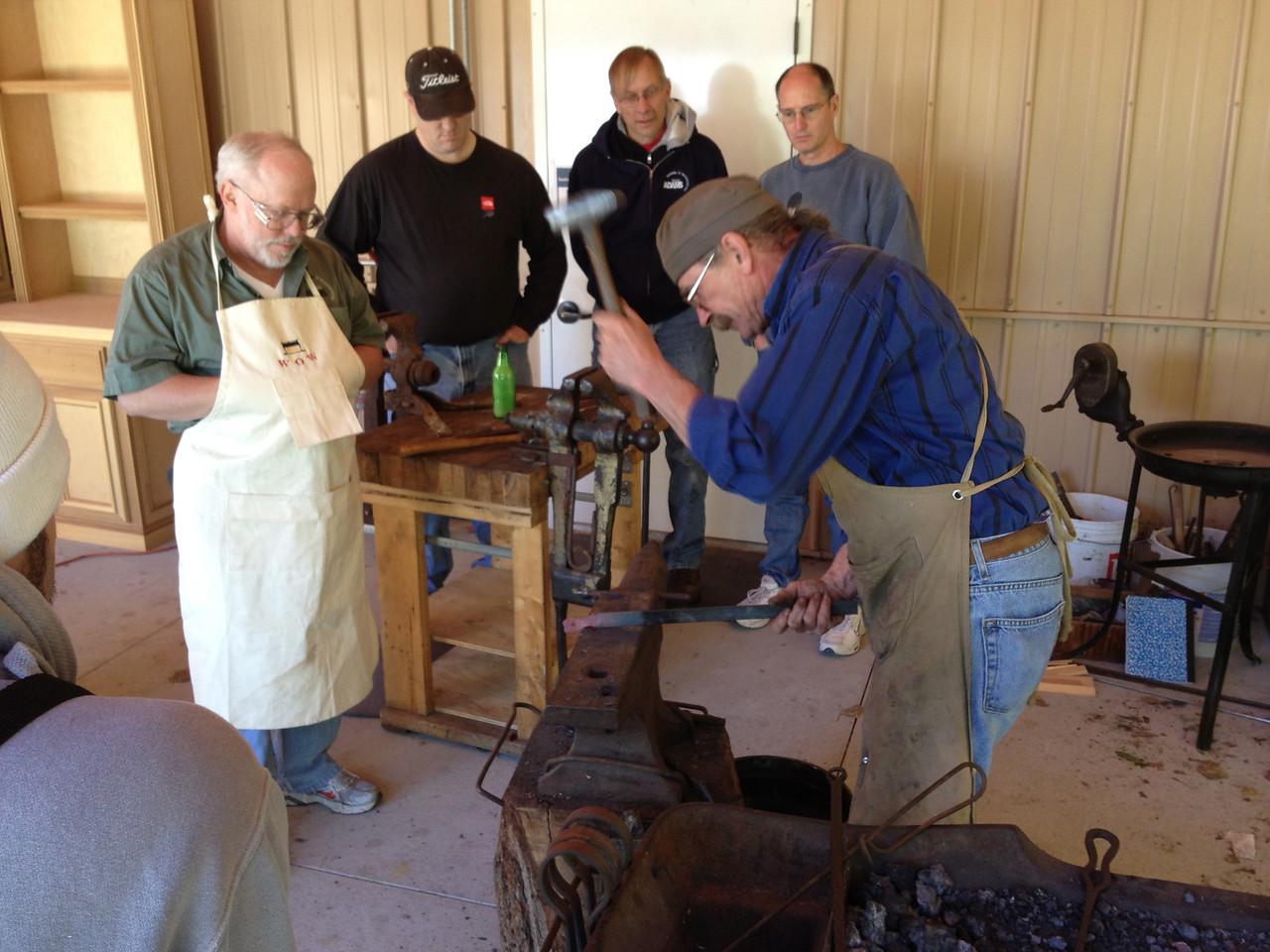 Blacksmithing w Burt 46