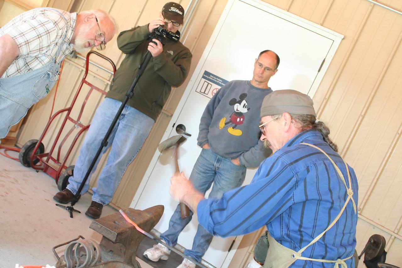 Blacksmithing w Burt 18