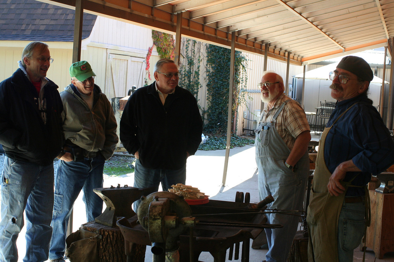 Blacksmithing w Burt 1