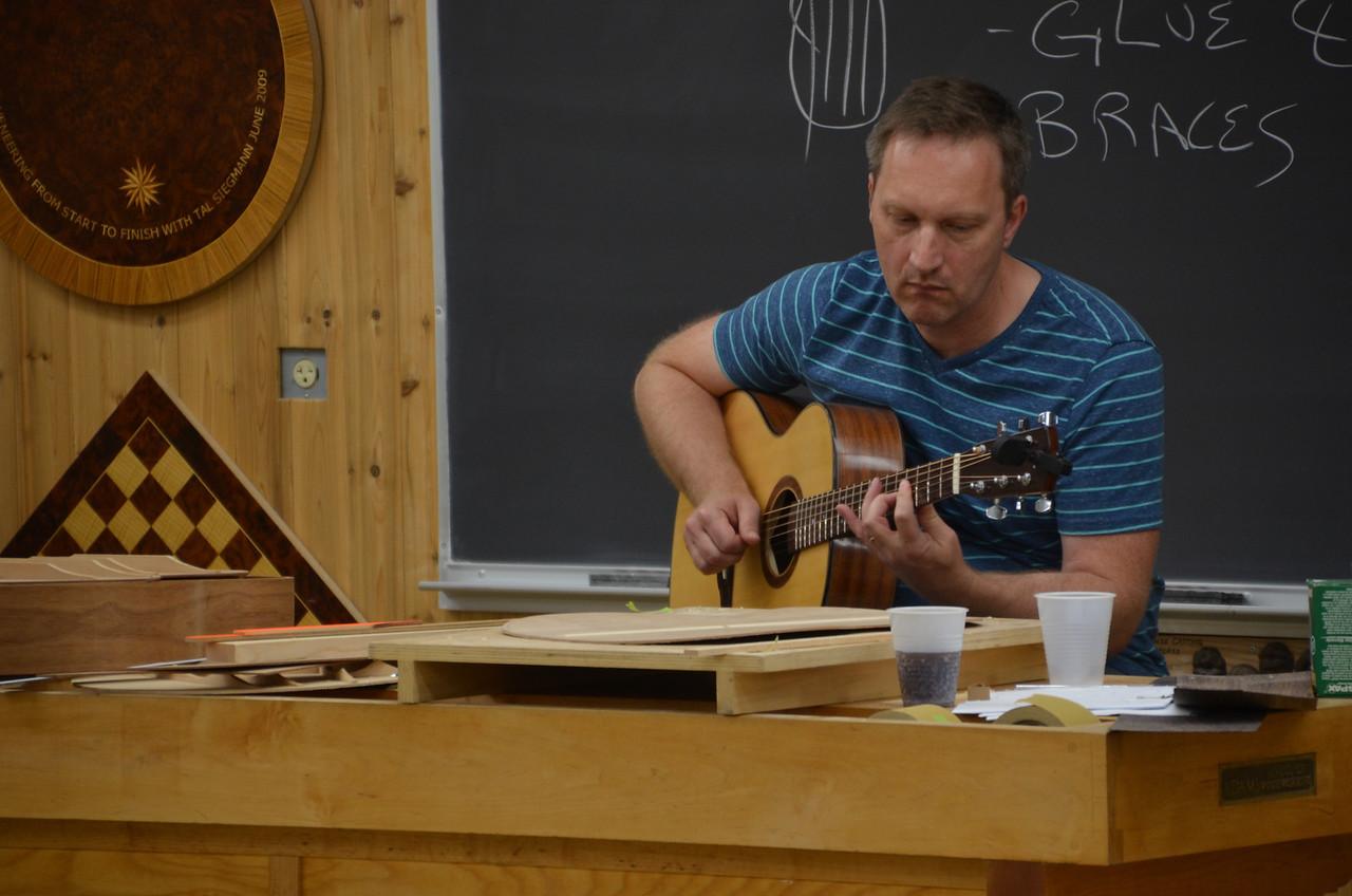 Acoustic Guitar w Ressler 46