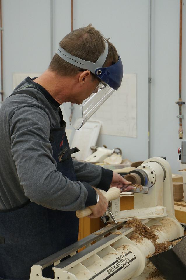 Woodturning w Lacer_Nov 48