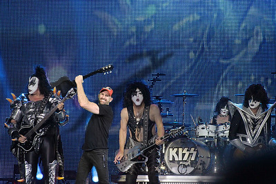 Rocking with Kiss