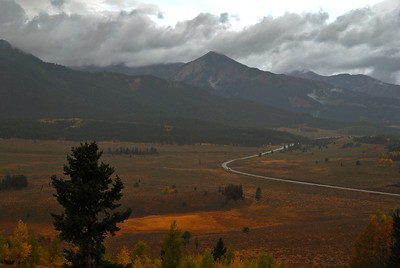 Fall colors over Sawtooth Valley, Idaho