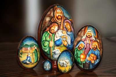 2011/12/4 – We woud like to decorate for Christmas but haven't gotten to it yet. I pulled this Ukrainian egg apart to display the individual elements and put it on a shelf in the family room. We got this just before Christmas in 2004 when we went to pick up Logan in Ukraine from his mission. It is one of my favorite nativity scenes we have in our small collection.