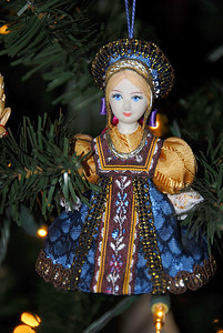 12//17/07 – When we were in Ukraine in 2004 we found these little dolls in traditional dress. Lisa uses them as tree ornaments. I think that is what they were designed for.