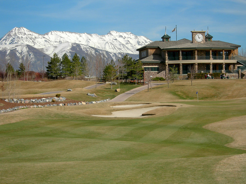 3/16/07 – Photo 2: This one I liked because of the large club house but even larger mountains in the background. The snow capped peaks always seem to make them look even bigger.