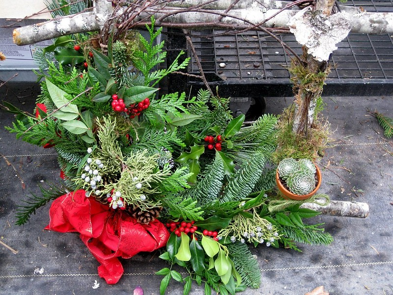 Wreath Twig Evergreen