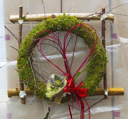 More Valentine Treats! Moss Round Wreath to show you care!