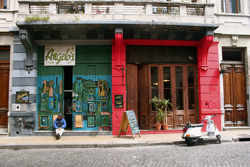 We loved the wonderful buildings and colorful doorways of the San Telmo neighborhood.