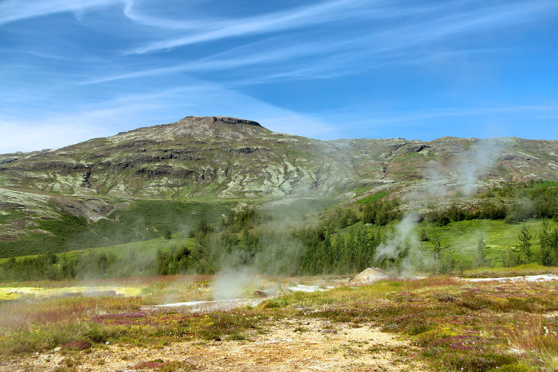 Geothermal field in the valley of Haukadalur (part of the Golden Circle Route) and home to many geysirs and hot springs.