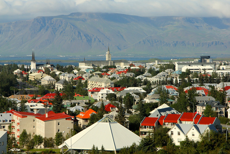 Reykjavík has a population of around 120,000 (over 200,000 in the Greater Reykjavík Area)