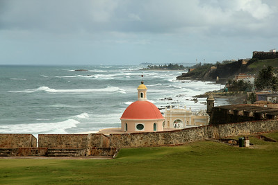 Overlooking the San Juan Cemetery from the grounds of the Castillo San Felipe del Morro