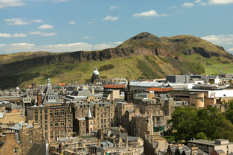 View of Arthur's Seat from Edinburgh Castle Arthur's Seat is the main peak of the group of hills which form most of Holyrood Park. The hill rises above the city to a height of 823 ft and affords excellent panoramic views of the city.