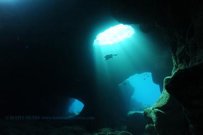 turtle and lava tube (亀と溶岩チューブ)