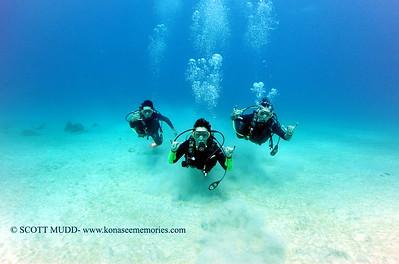 divers kailuabay5 110516sat