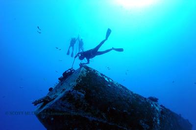 divers nakedlady2 010217mon