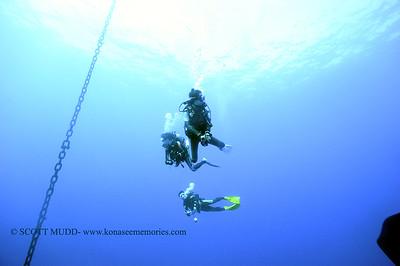 divers boat greencan2 120717thurs