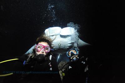 divers manta keauhou4 041017mon