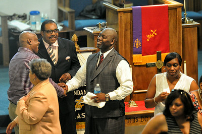Pastor Lester Boyd