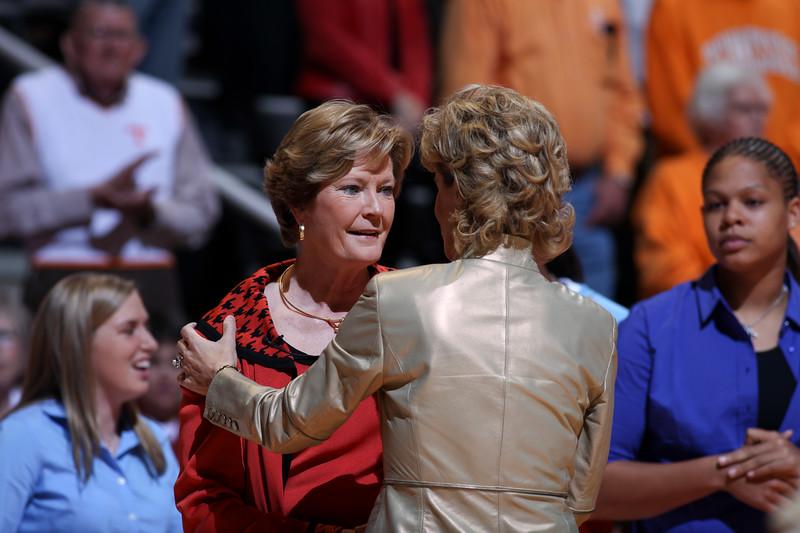 Pat Head Summitt, head coach of the Lady Volunteers, 1000th win vs. Georgia