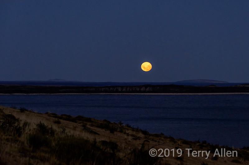 Moonrise at Lago Sarmiento, Patagonia