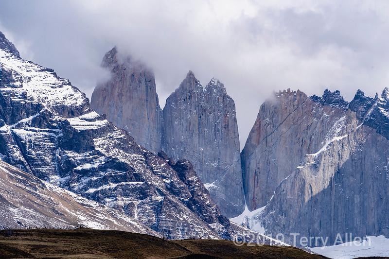 Close-up Cerro Central, Cerro Monzino, Nido de Condores  from Amarga, Patagonia