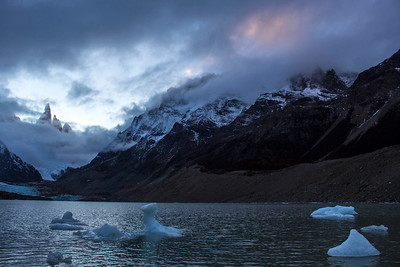 Lago Torre Sunset