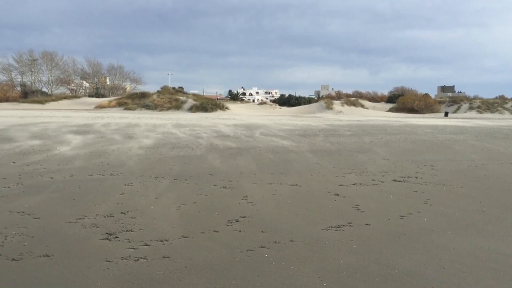 Video - Windy Day at Puerto Madryn... 44 seconds