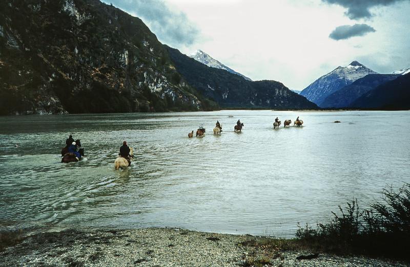 Cabalgata en Valle del Soler. Aysen 2001