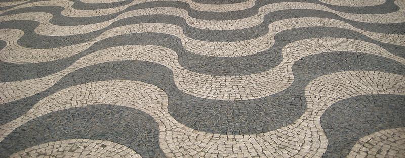Wavy Design Cobblestones
