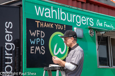 Event - Wahlburgers Supports First Responders, Worcester, MA - 4/29/20