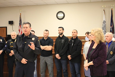 Charles Pritchard - Oneida Daily Dispatch Oneida City Police Chief Paul Thompson takes the oath of office on Tuesday, Nov. 21, 2017, at City Hall.