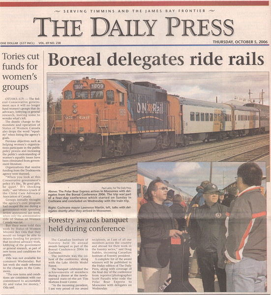 Timmins Daily Press 2006 October 5 article Boreal delegates ride rails with two Paul Lantz photos