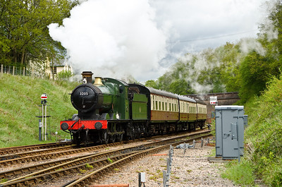 3205 approaching Horsted Keynes