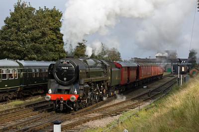 70013 'Oliver Cromwell' leaving Loughborough