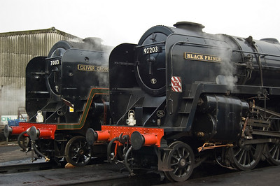 70013 'Oliver Cromwell' and 92203 outside Loughborough shed