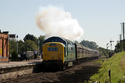 55019 'Royal Highland Fusilier' at Quorn & Woodhouse
